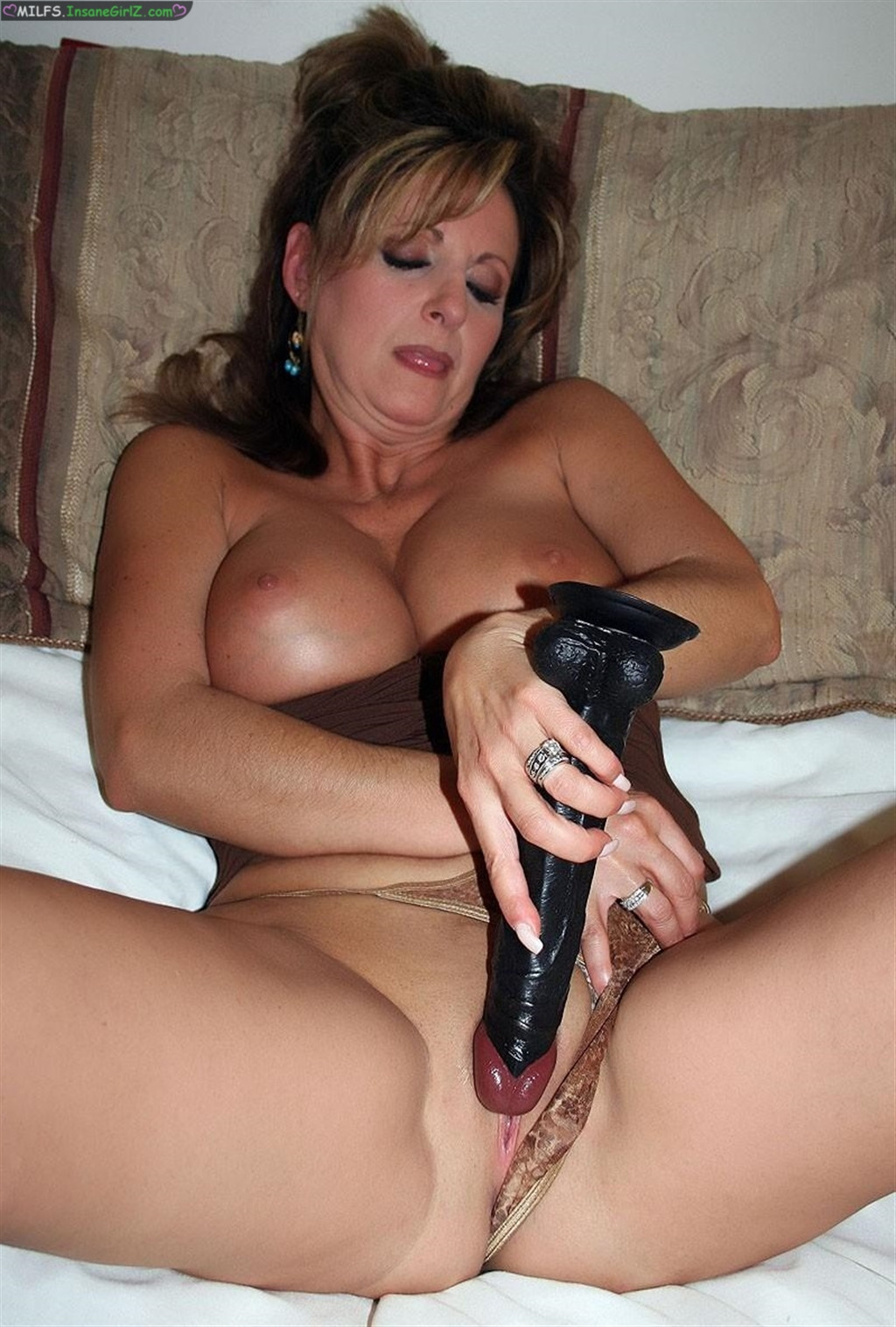 milf personals in the hague