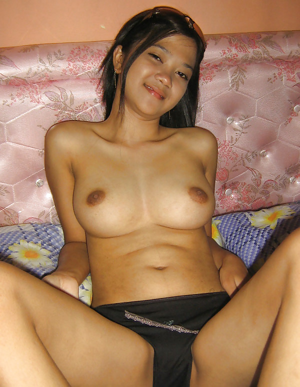 daddy nude with young girl
